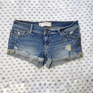 Gilly Hicks low rise denim jean shorts distressed